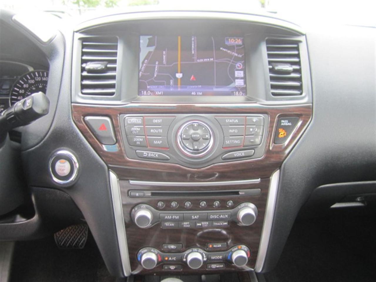 2015 Nissan Pathfinder SL-Navi-360 camera-Panorama sunroof