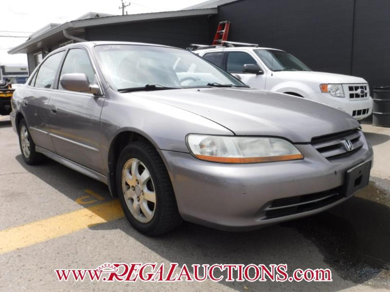 Photo of Grey 2001 Honda Accord