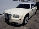 Used 2005 Chrysler 300 Touring  for sale in Guelph, ON