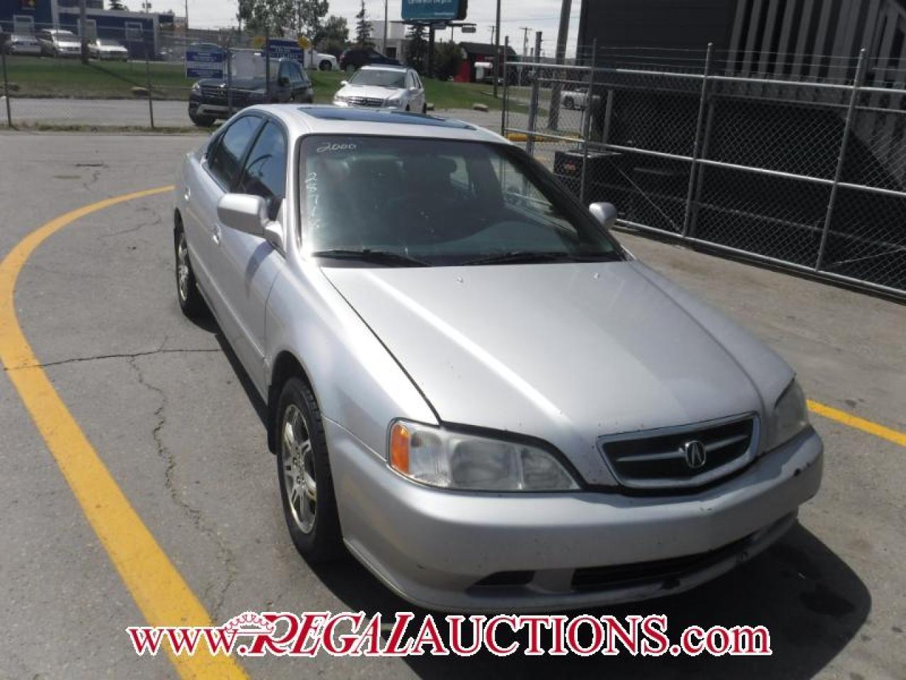 Photo of Silver 2000 Acura TL  4D SEDAN 3.2