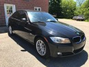 Used 2011 BMW 323i 2.5L - SAFETY & WARRANTY INCLUDED for sale in Cambridge, ON