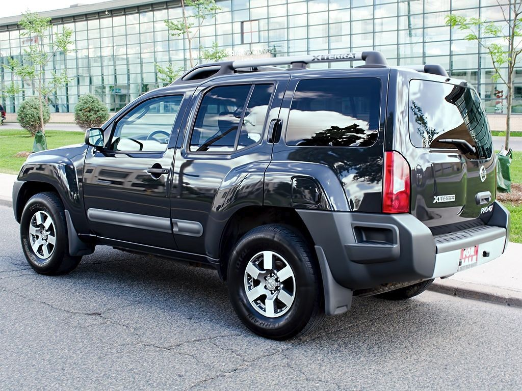 used 2011 nissan xterra pro 4x off road lights alloys for sale in scarborough ontario. Black Bedroom Furniture Sets. Home Design Ideas