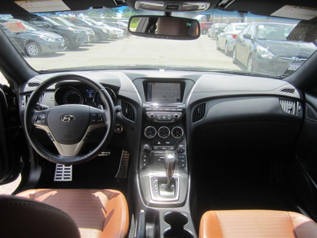 2013 Hyundai Genesis Coupe GT-Navigation-Brembo-MINT