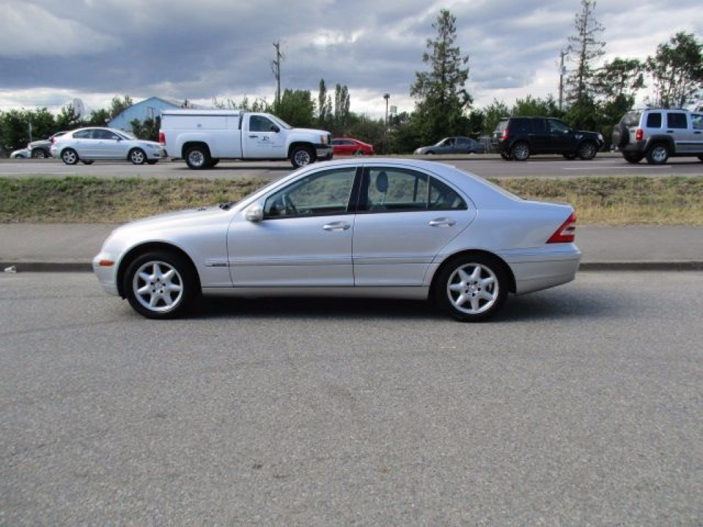 Used cars for sale surrey bc for Mercedes benz dealers in boston area