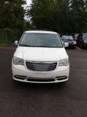 Used 2013 Chrysler Town & Country TOURING for sale in Brampton, ON