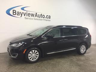 Used 2017 Chrysler Pacifica TRG- REM START! LEATHER! REV CAM! PWR DOORS! for sale in Belleville, ON