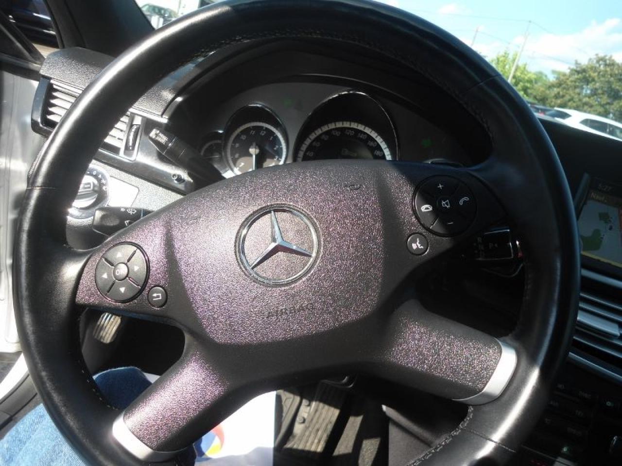 2010 Mercedes-Benz E-Class 4dr Sdn E 350 4MATIC NAVIGATION PANORAMINC ROOF 1