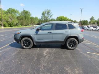 Used 2015 Jeep CHEROKEE TRAILHAWK 4X4 for sale in Cayuga, ON