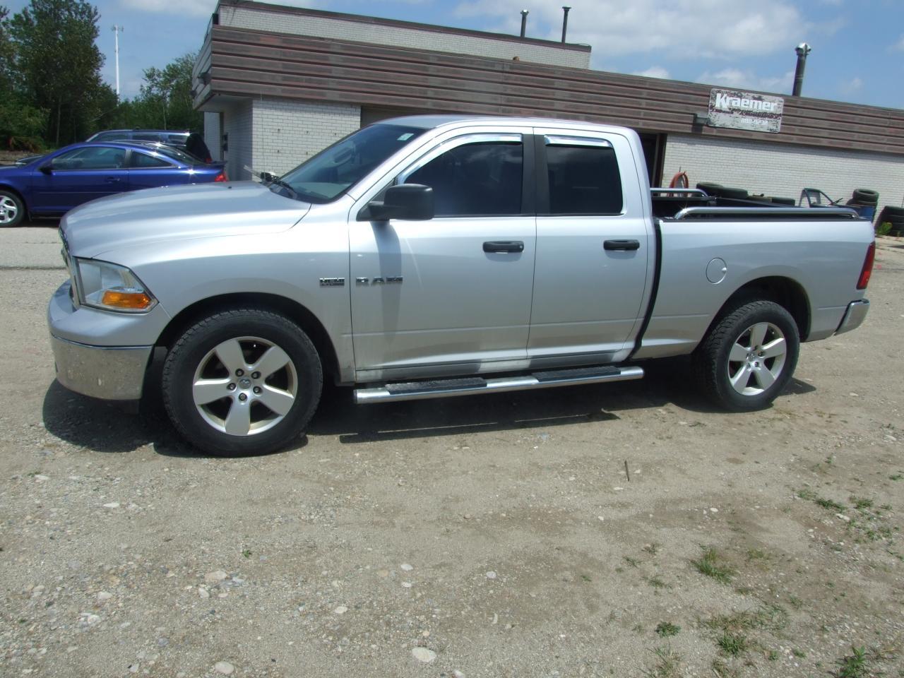Photo of Silver 2010 Dodge Ram 1500