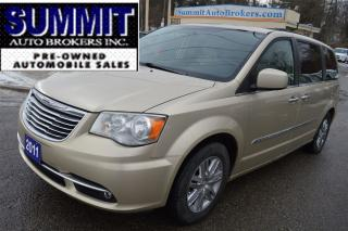 Used 2011 Chrysler Town & Country TOURING | CAR-PROOF CLEAN | DVD | NAVI for sale in Richmond Hill, ON