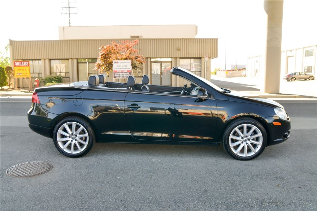 used 2007 volkswagen eos 2 0t hard top convertible with sunroof langley for sale in langley. Black Bedroom Furniture Sets. Home Design Ideas