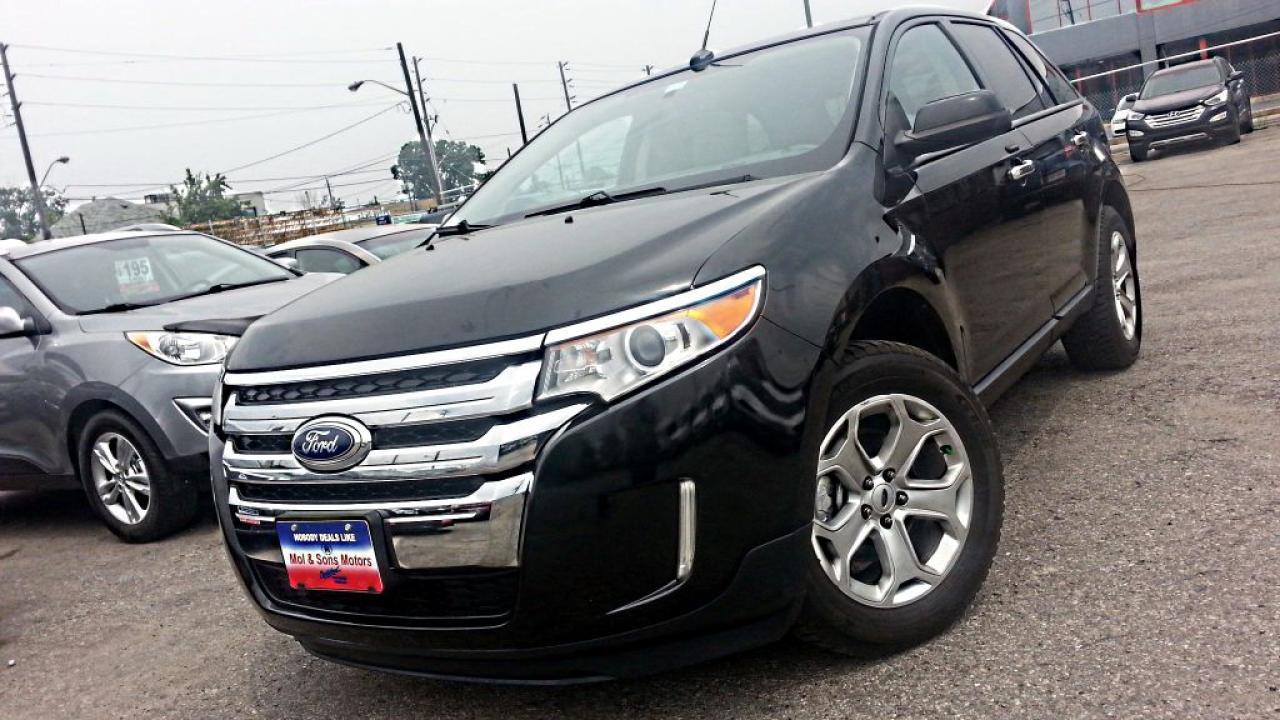 Photo of Black 2011 Ford Edge