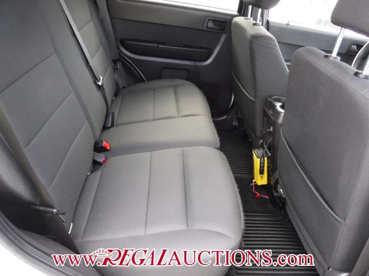 2011 Ford ESCAPE  4D UTILITY AWD