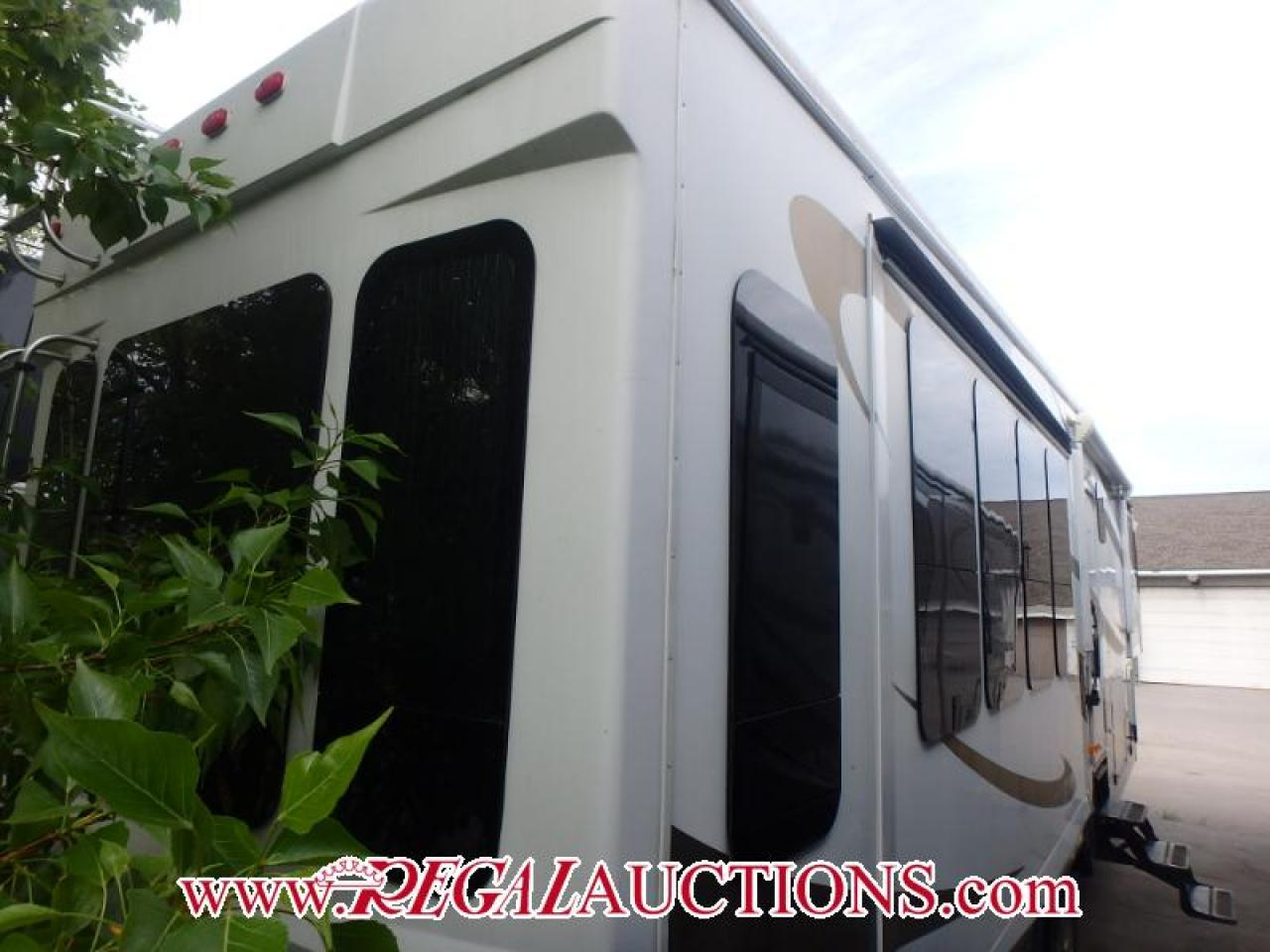 2008 Carriage CARRI-LITE 36XTRM5  FIFTH WHEEL