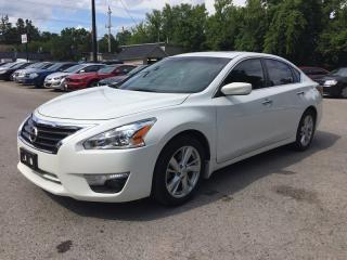 Used 2015 Nissan ALTIMA SV * REAR CAM * SUNROOF * LOW KM for sale in London, ON