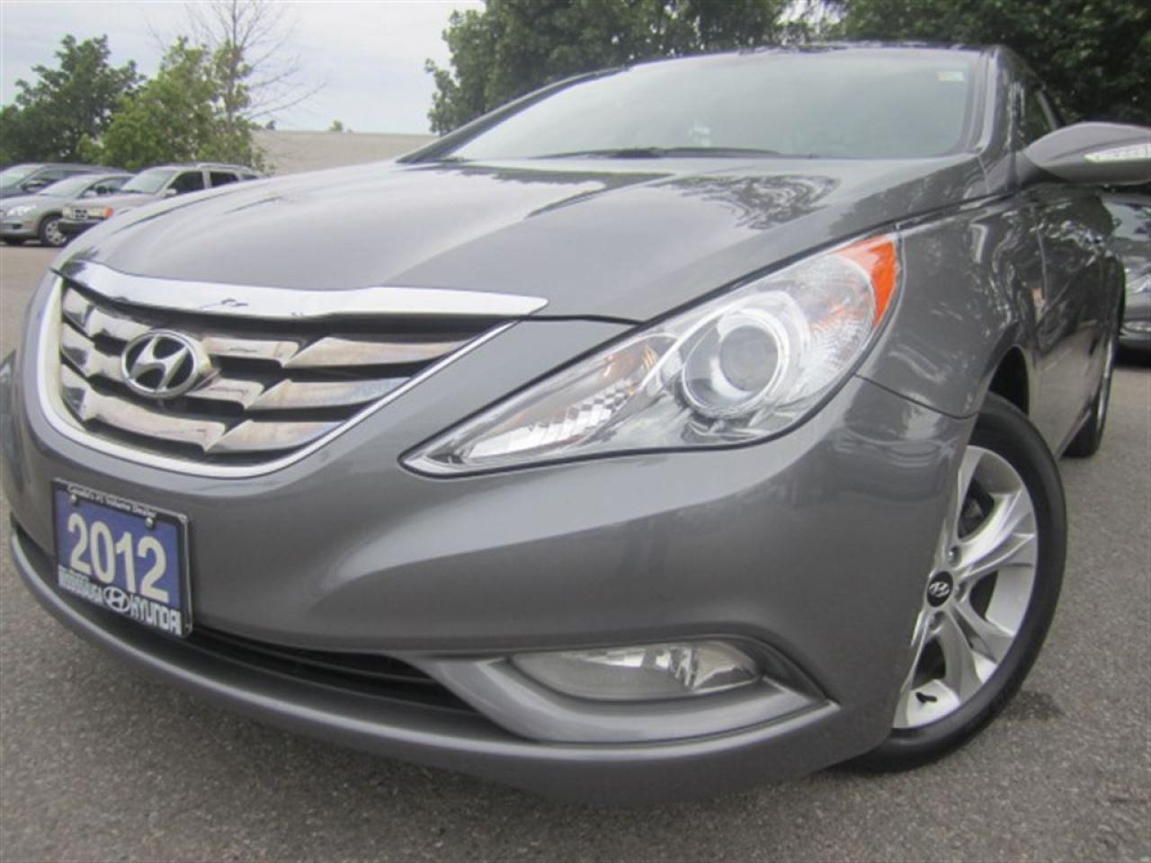 2012 Hyundai Sonata Limited-leather-sunroof-NEW tires