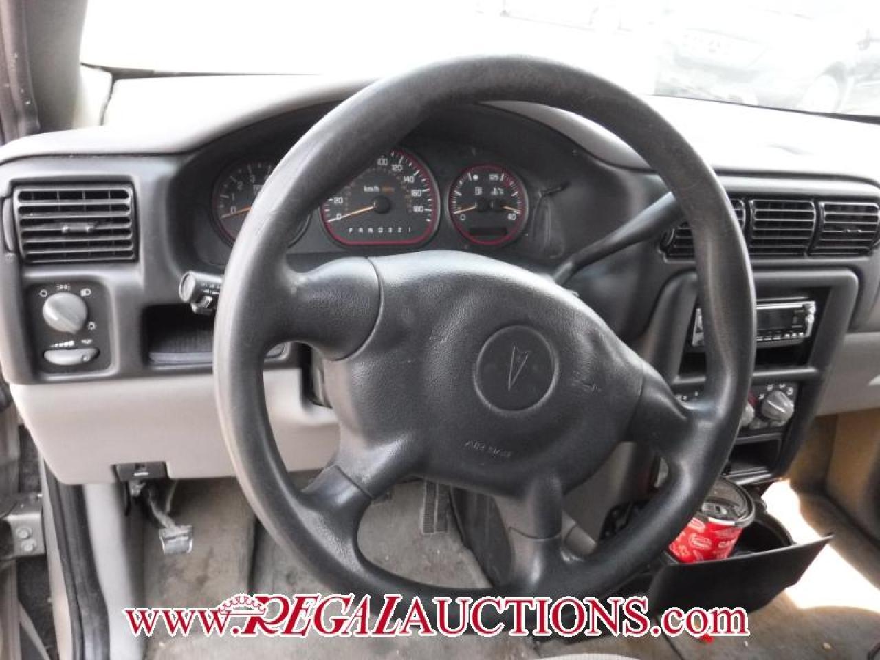 2002 Pontiac Montana 4D WAGON