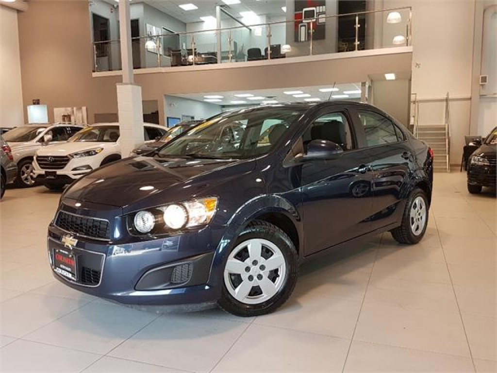 used 2015 chevrolet sonic ls automatic only 24km for sale in york ontario. Black Bedroom Furniture Sets. Home Design Ideas