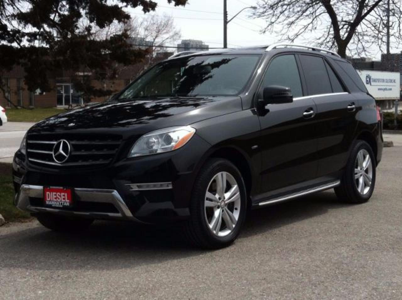 Photo of Black 2012 Mercedes-Benz ML 350