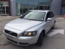 Used 2005 Volvo S40 TS , AUTO , TURBO AWD for sale in Newmarket, ON