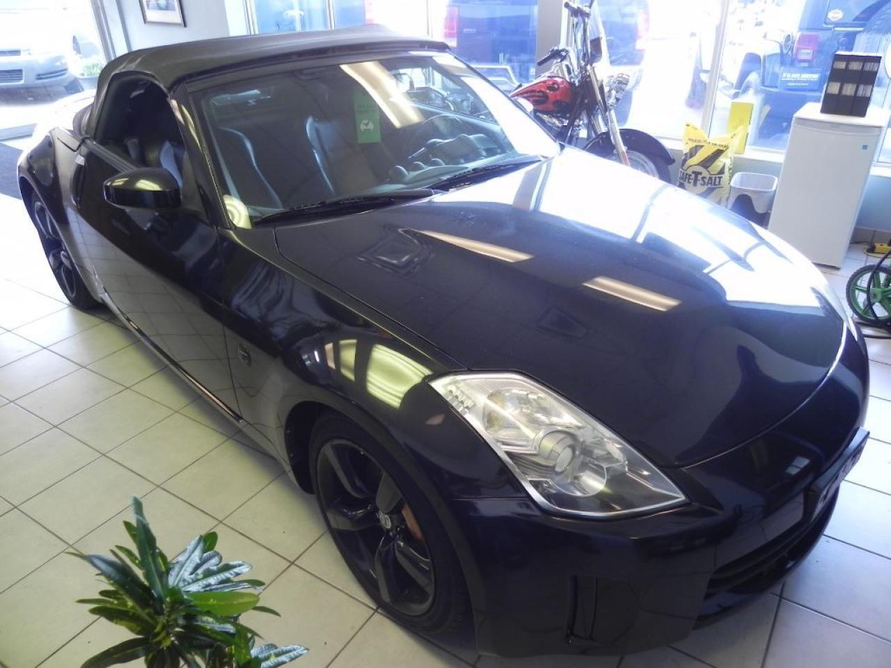 Photo of Black 2007 Nissan 350Z