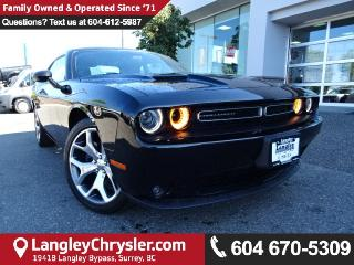 Used 2016 Dodge Challenger SXT *Accident Free * One Owner * Local * for sale in Surrey, BC
