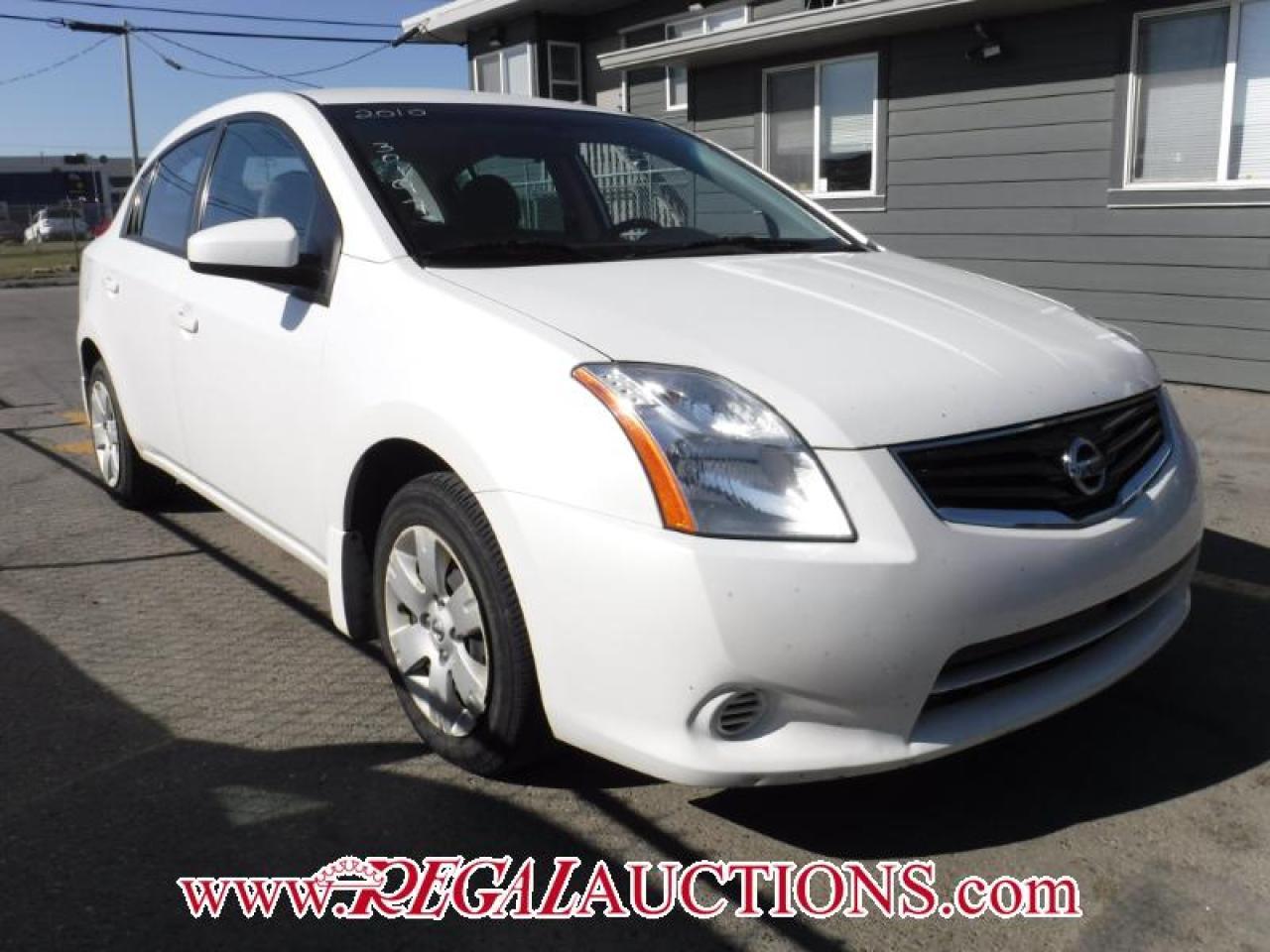Photo of White 2010 Nissan Sentra