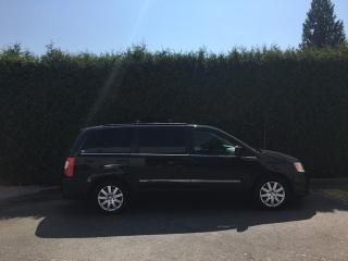 Used 2013 Chrysler Town & Country Touring + NAV + SUNROOF + DVD + BACK-UP CAM + POWER SLIDING DOORS & LIFTGATE for sale in Surrey, BC