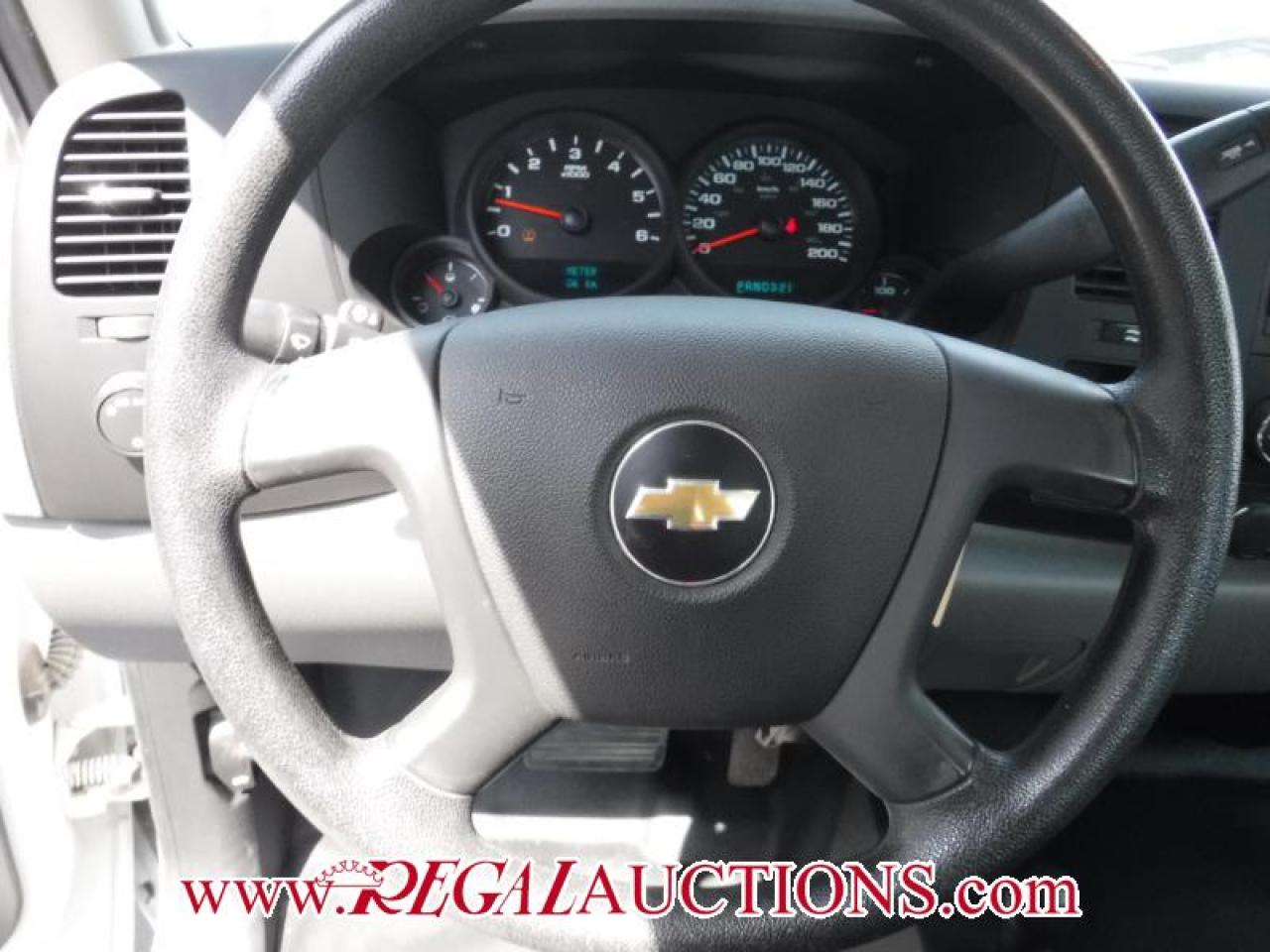 2011 Chevrolet SILVERADO 1500  EXT CAB SWB 4WD