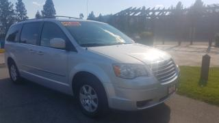 Used 2010 Chrysler Town & Country TOURING for sale in West Kelowna, BC