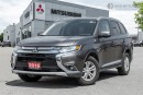 Used 2016 Mitsubishi Outlander SE| 7 PASSENGER | CLEAN CARPROOF | HEATED SEATS for sale in Mississauga, ON