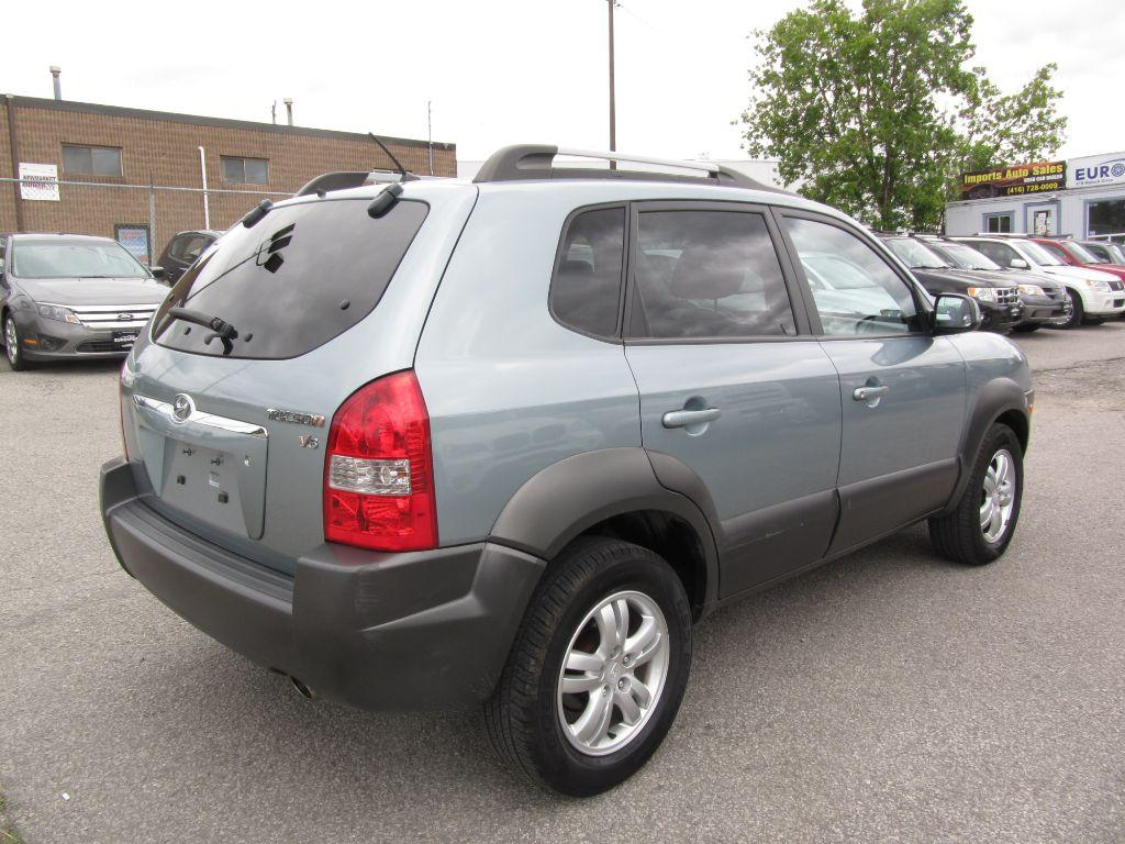 used 2007 hyundai tucson gl v6 for sale in newmarket ontario. Black Bedroom Furniture Sets. Home Design Ideas