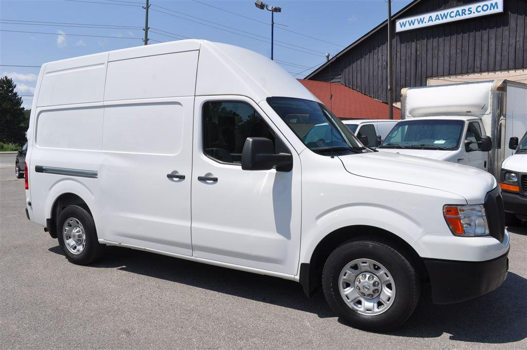 used 2012 nissan nv 2500 cargo nv3500 hd sv high roof for sale in aurora ontario. Black Bedroom Furniture Sets. Home Design Ideas