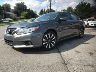 Used 2017 Nissan Altima 2.5 SV for sale in Bradford, ON