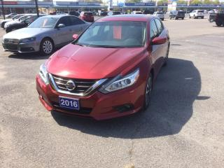 Used 2016 Nissan Altima 2.5 SV for sale in Morrisburg, ON