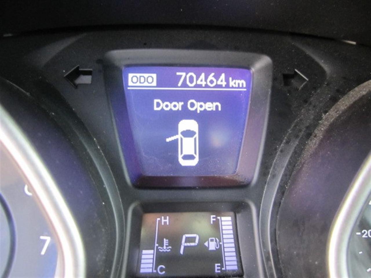 2014 Hyundai Elantra GT SE w/Technology-One owner-MINT