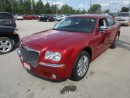 Used 2009 Chrysler 300 LOADED LIMITED EDITION 5 PASSENGER 3.5L - V6.. LEATHER.. HEATED SEATS.. SUNROOF.. U-CONNECT SYSTEM.. CD/AUX/USB INPUT.. for sale in Bradford, ON