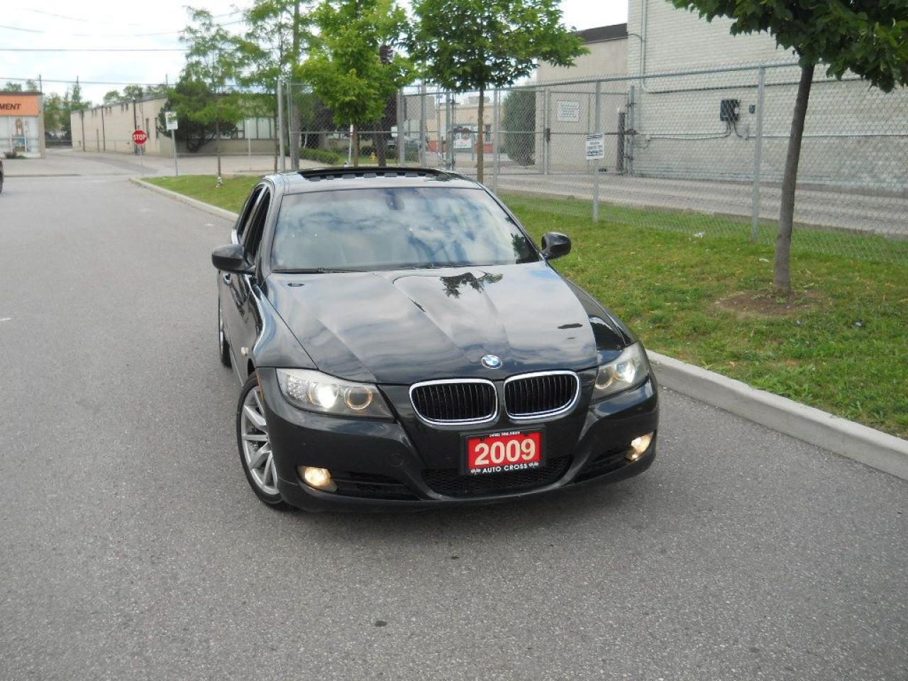 2009 BMW 328i Black on black Leather, Sunroof,3/Y