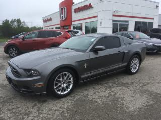 Used 2013 Ford Mustang V6 Premium for sale in Smiths Falls, ON