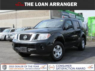 Used 2012 Nissan Pathfinder LE for sale in Barrie, ON
