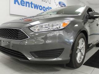 Used 2015 Ford Focus SE with back up cam. Seeing is believing!!! for sale in Edmonton, AB