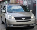 Used 2004 Toyota Sienna LE for sale in Etobicoke, ON