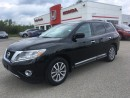 Used 2014 Nissan Pathfinder SL for sale in Smiths Falls, ON