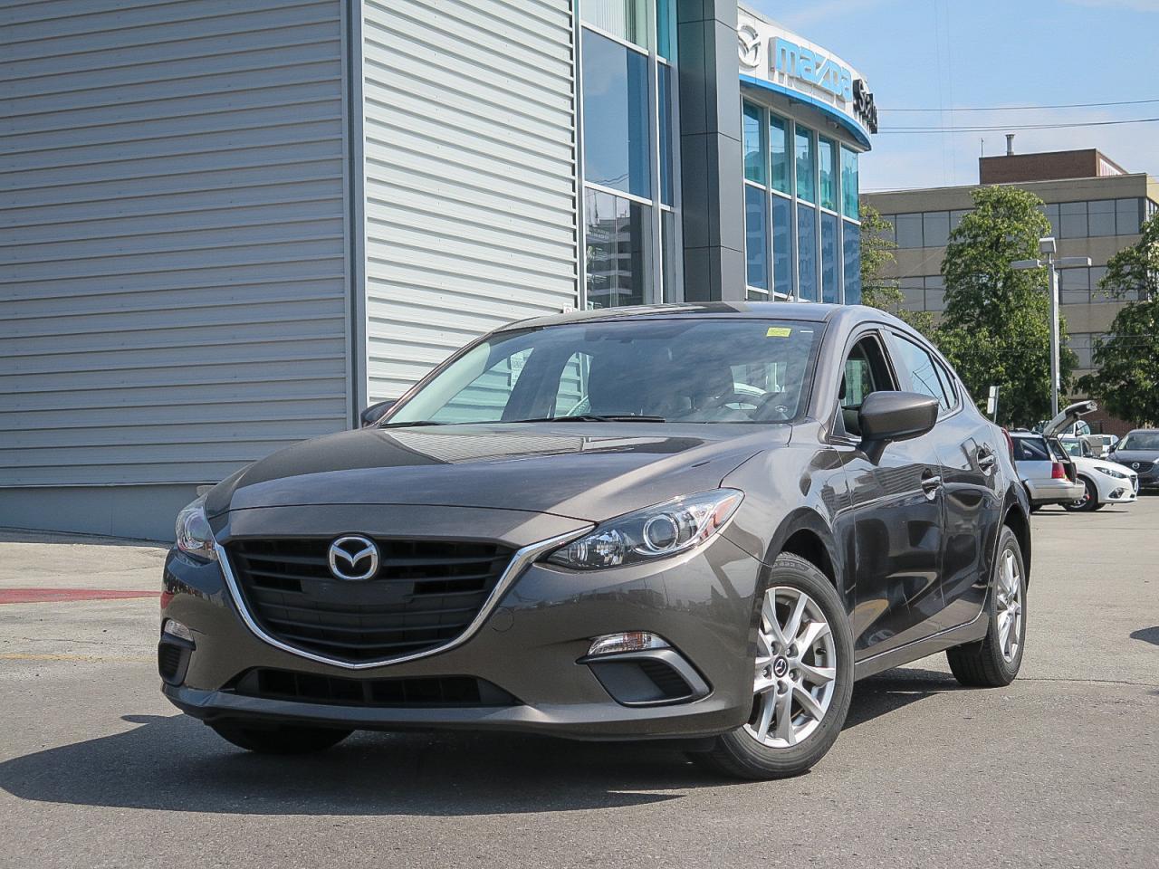 2014 Mazda MAZDA3 GS SKY HEATED SEATS 0.9% FINANCE!!!