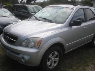 Used 2006 Kia Sorento 4 X 4   V6  Powerful motor for sale in Mansfield, ON