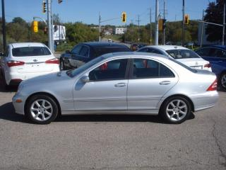 Used 2006 Mercedes-Benz C-Class C300 *LEATHER-SUNROOF* for sale in Kitchener, ON
