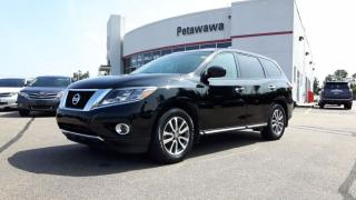 Used 2014 Nissan Pathfinder S for sale in Ottawa, ON