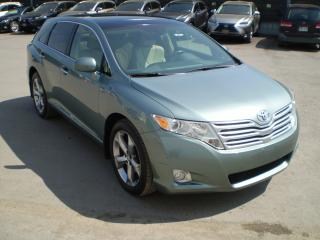 Used 2010 Toyota Venza V6 AWD LEATHER ROOF XLE /LEXUS CLASS TOYOTA for sale in Toronto, ON