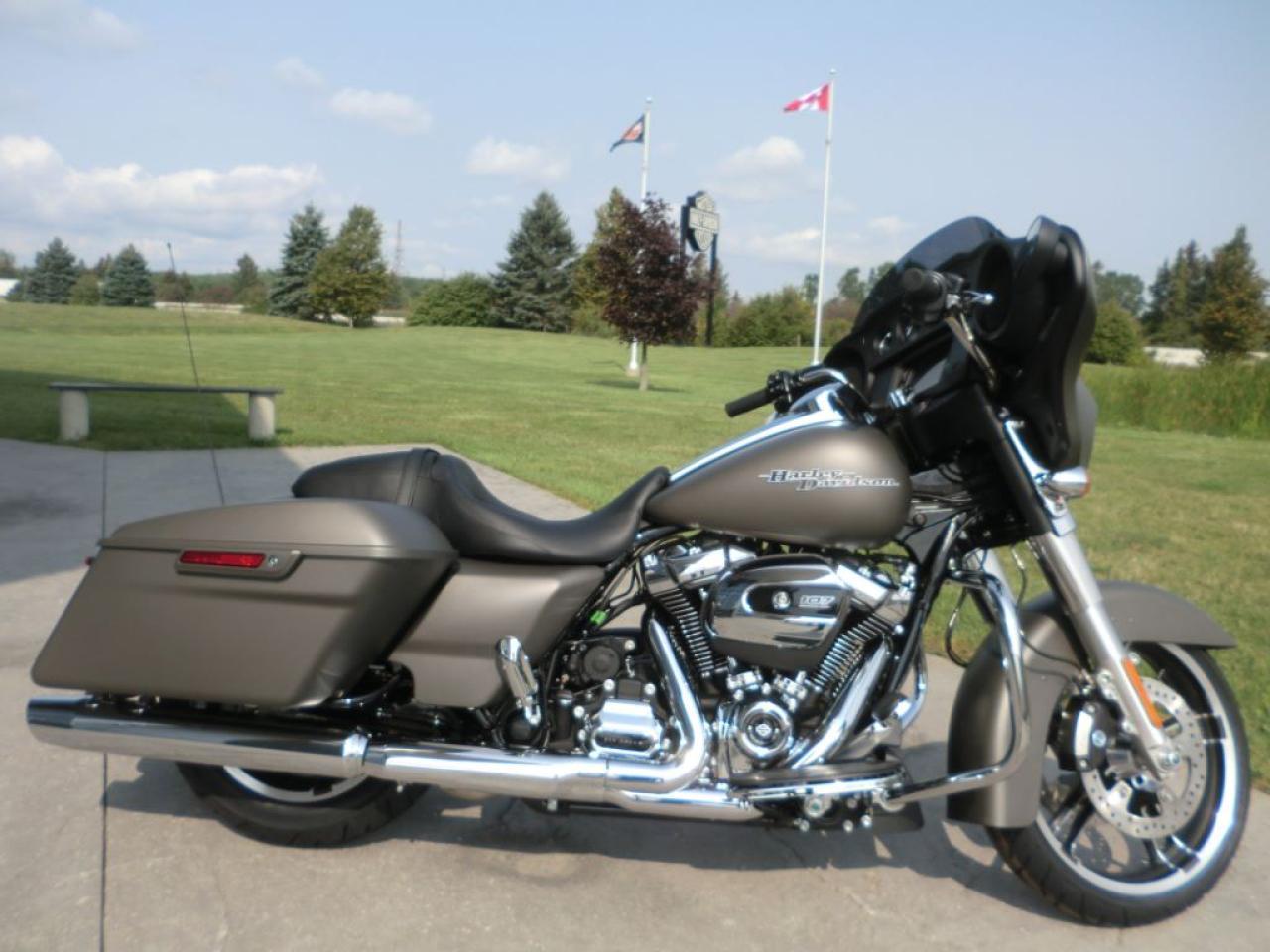 New 2018 Harley-Davidson Street Glide FLHX STREET GLIDE for Sale in Blenheim, Ontario | Carpages.ca