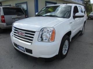 Used 2008 GMC Yukon LOADED 'HYBRID 2 MODE' 8 PASSENGER 6.0L - V8.. 4X4.. BENCH & 3RD ROW.. LEATHER.. HEATED SEATS.. SUNROOF.. NAVIGATION.. BACK-UP CAMERA.. for sale in Bradford, ON